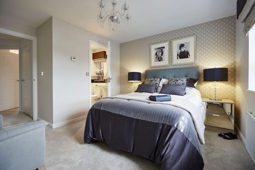Typical Tetbury master bedroom