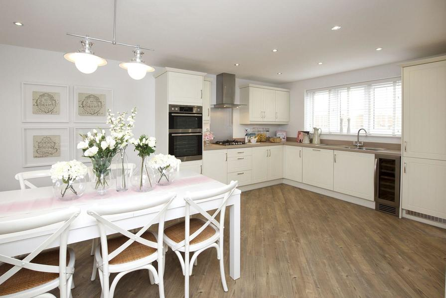 Typical Thornbury fitted kitchen with family dining area