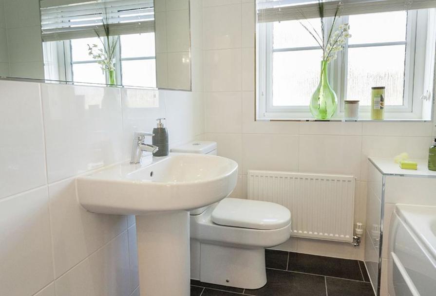 Airth Bathroom