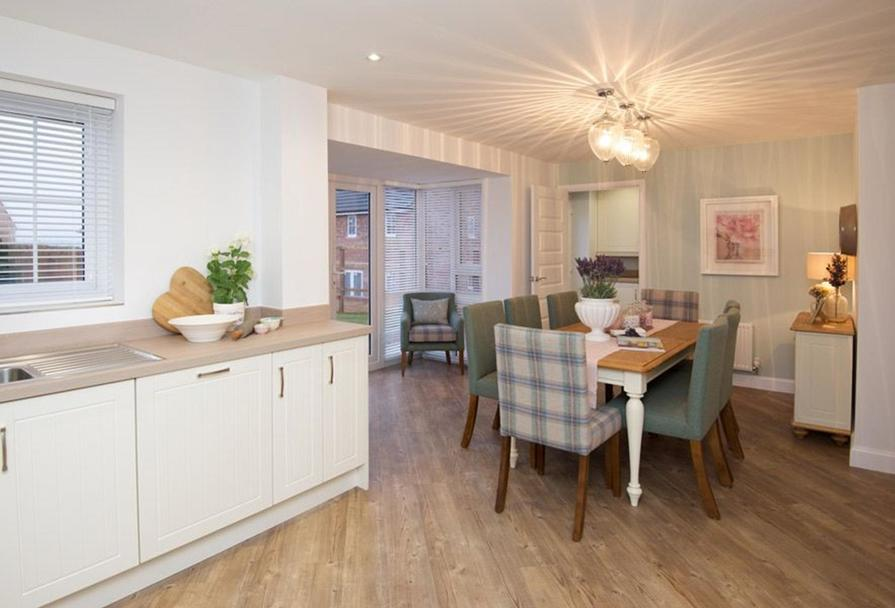 Typical Kennington kitchen and dining room