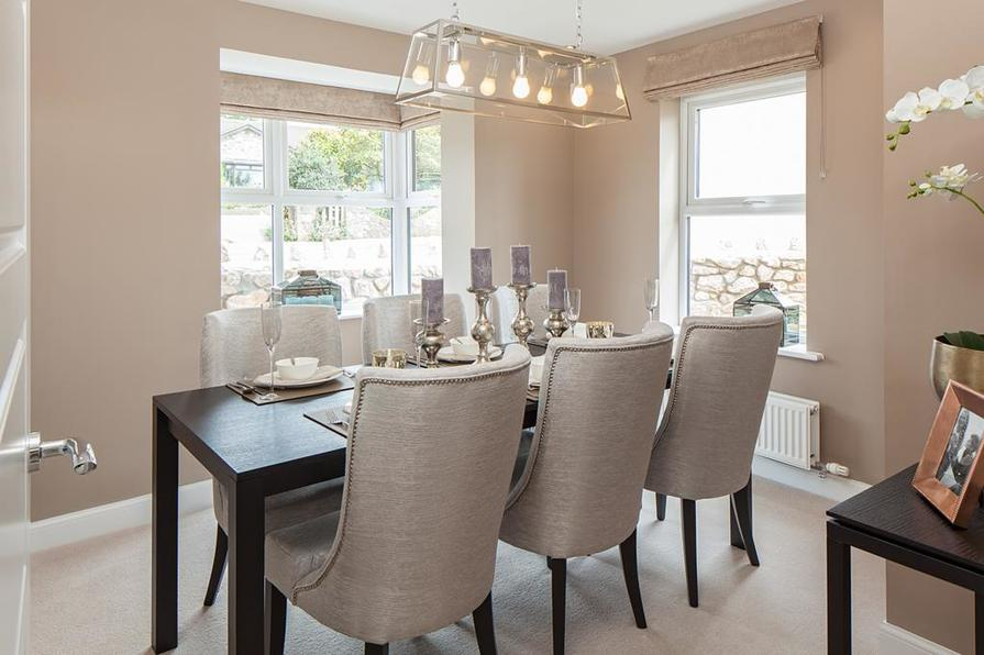 Hawthorn Rise Lincoln dining room