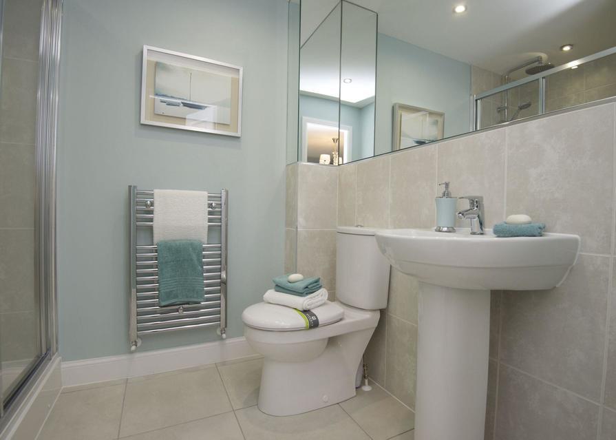 Typical Chesham en suite to master bedroom