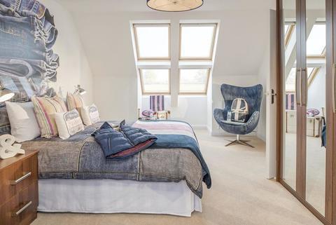 5 bedroom  house  in Watchfield