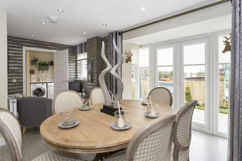 4 bedroom  house  in Glasgow