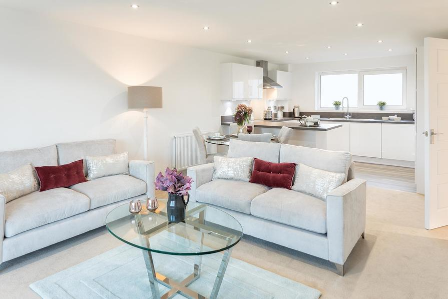 2 bedroom apartments by Hooe Lake in Plymouth, Devon