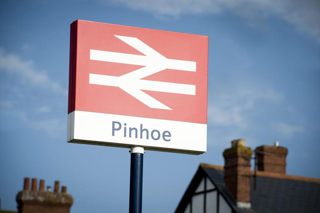 Pinhoe Train Station