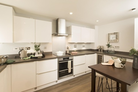 Studio end terraced house for sale