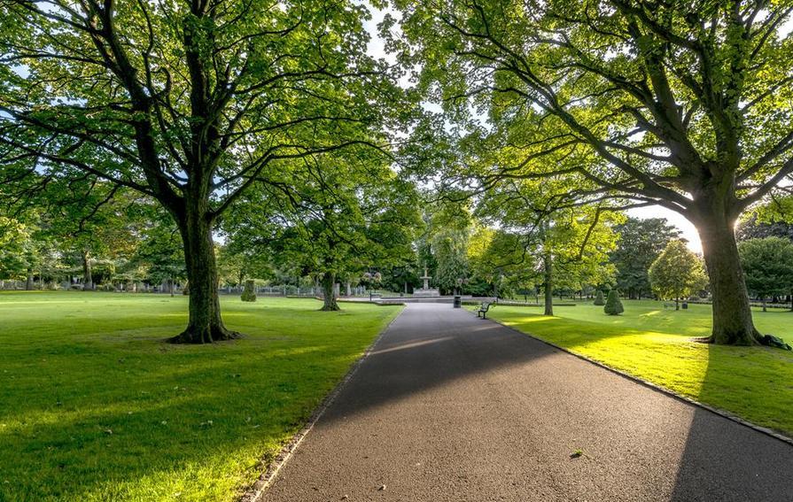 Dunrobin  Westburn Gardens