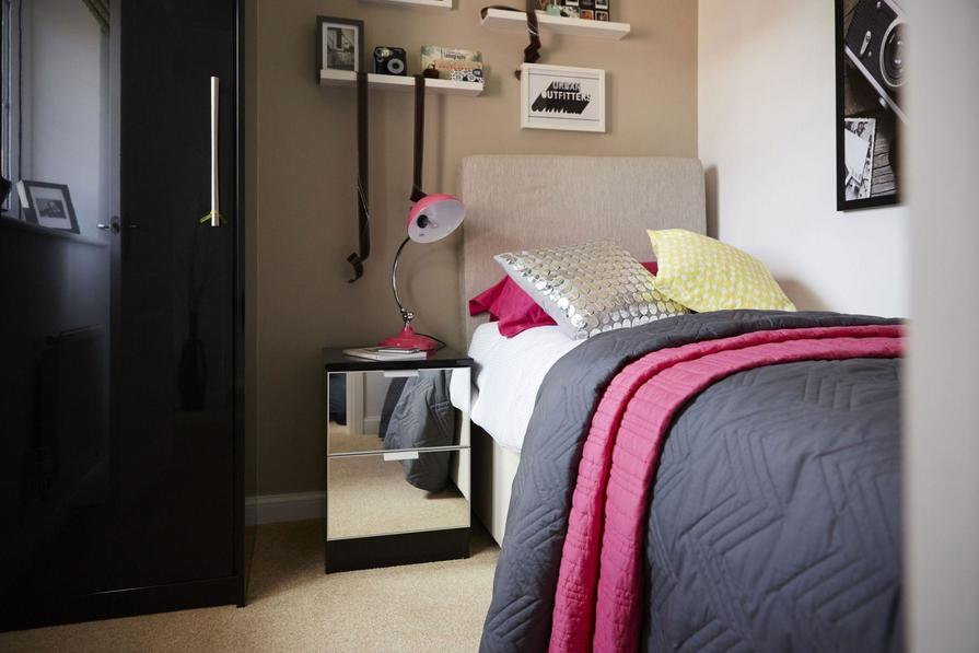 Typical Lincoln third bedroom