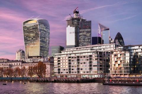 City of London, City of London EC3R