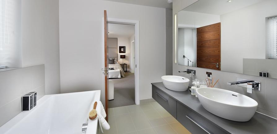 Berkeley, Edenbrook, Bathroom View, Plot 152