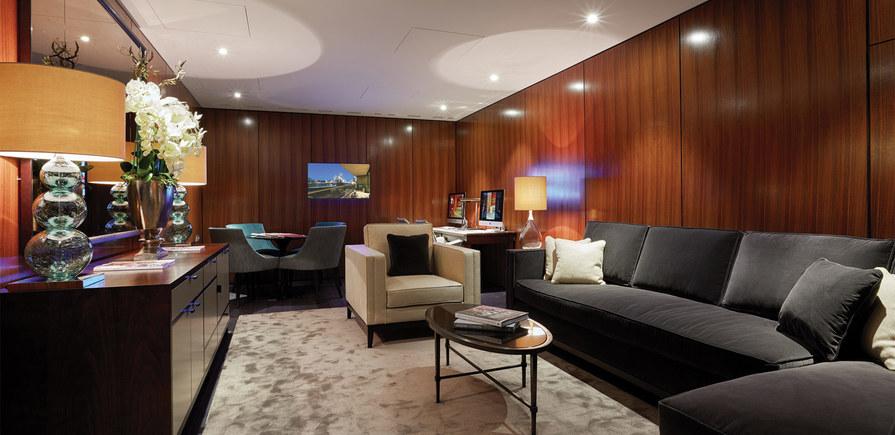 Berkeley, One Tower Bridge, Resident Facilities, Business Lounge