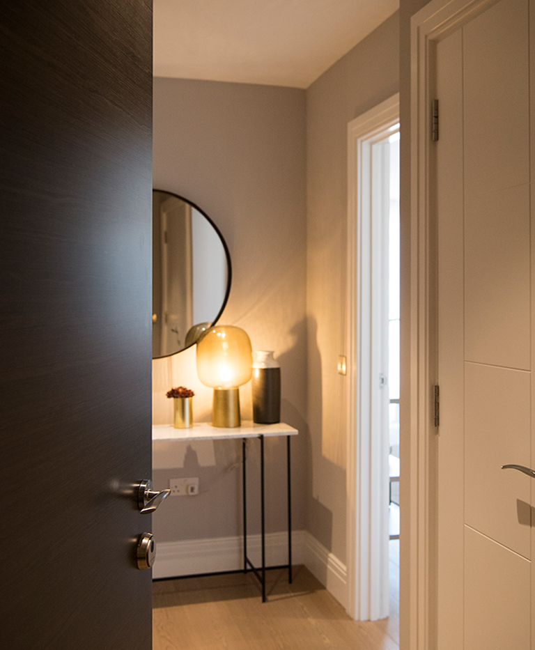 Berkeley, Queenhurst, Bathroom, Interior 01