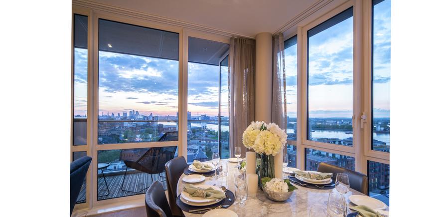 Berkeley, Waterfront, Royal Arsenal Riverside, Dining Area, Show Apartment