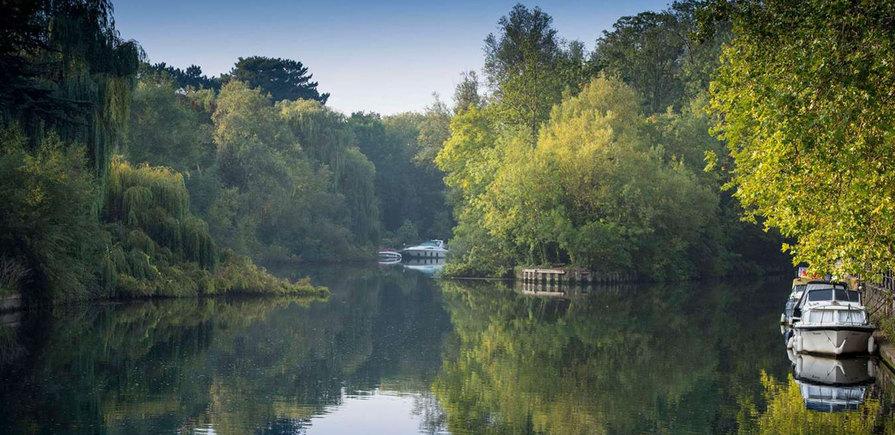Berkeley, Taplow Riverside, River, Boat