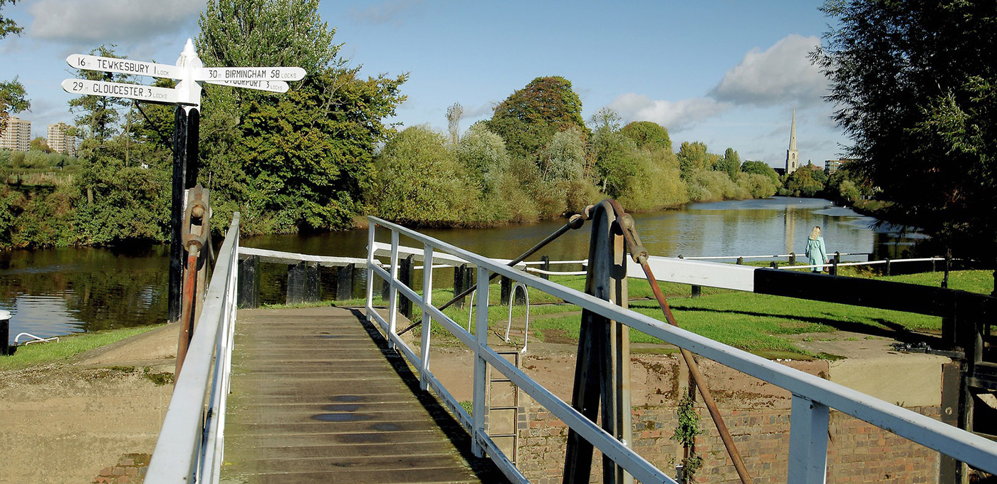 Berkeley, The Waterside at Royal Worcester, Worcester & Birmingham Canal, Local Area