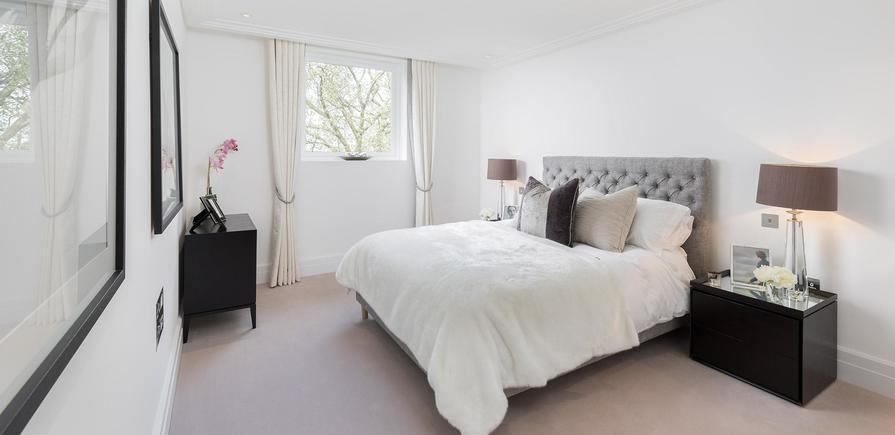 Berkeley, Wimbledon Hill Park, Wellington Row, Apartment Interiors, Dining Area