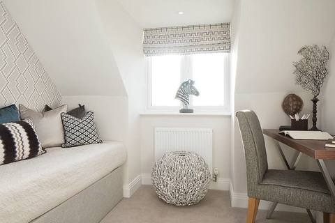 4 bedroom  house  in East Molesey