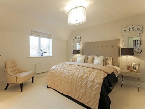 5 bedroom detached house for sale