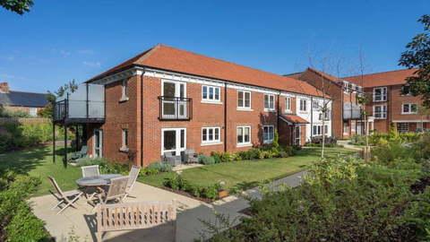 Chichester, West Sussex PO19