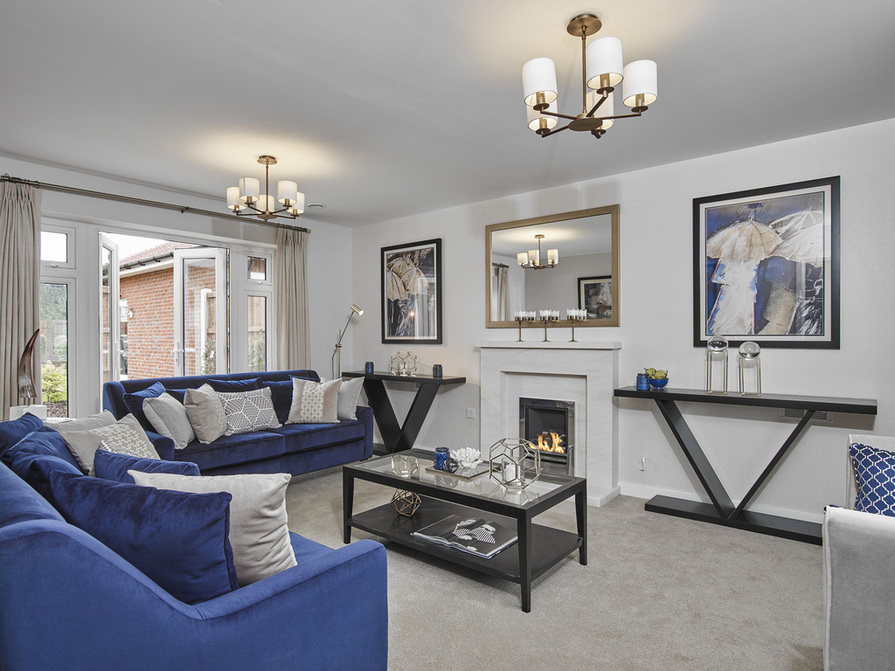 Image of 4 bedroom home - lounge
