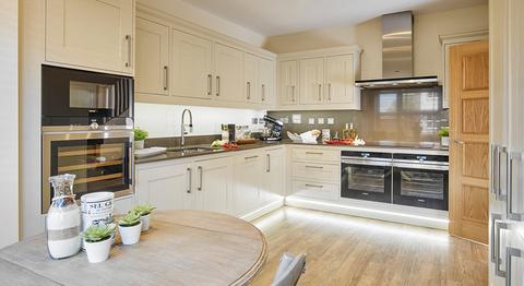 Windsor Court Apartments - Plot 020