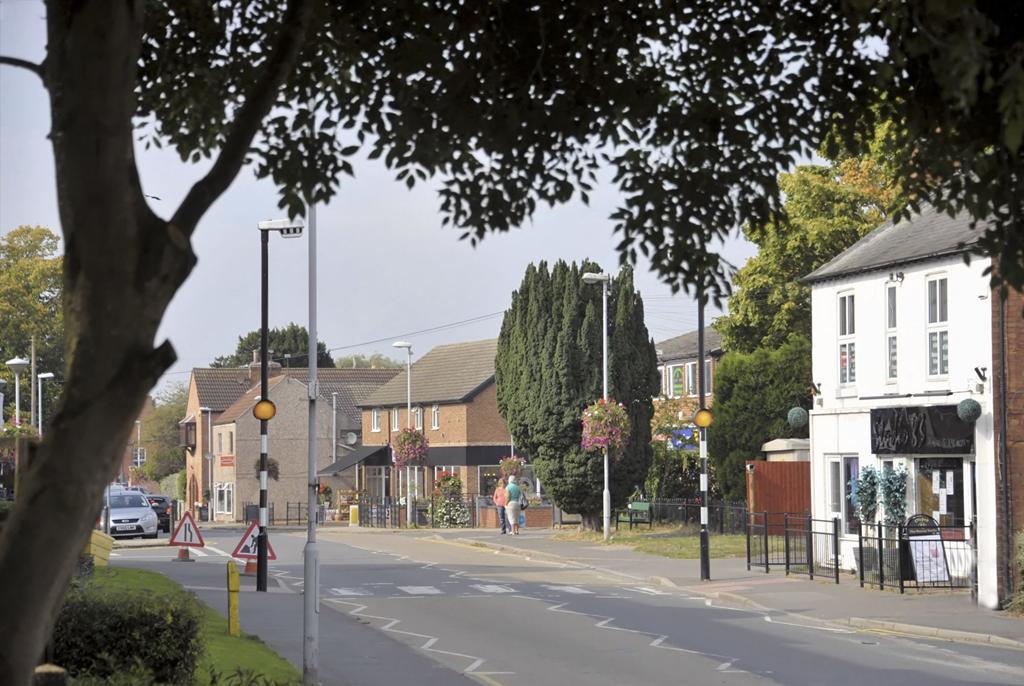 Kingston Banks Street Scene