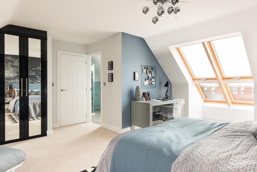 Top floor double bedroom with en suite