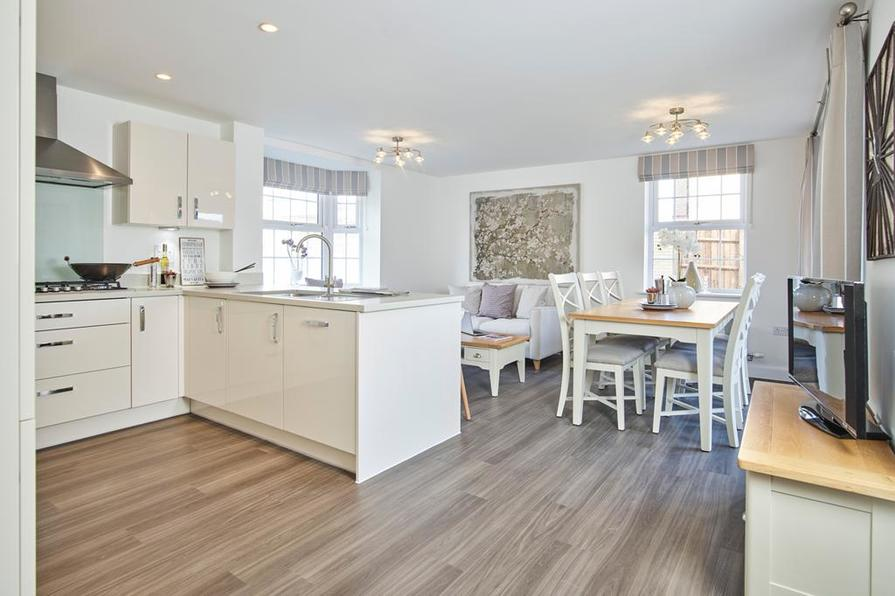 Earlswood Kitchen/diner/family room