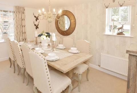 5 bedroom  house  in Heathcote