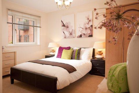 2 bedroom  house  in Queen's Park
