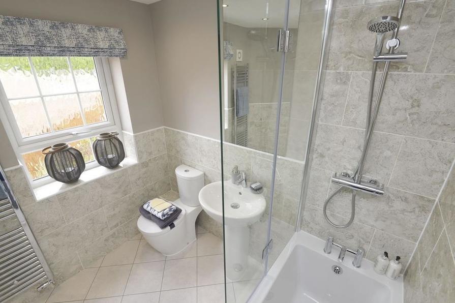 Ashtree Family Bathroom