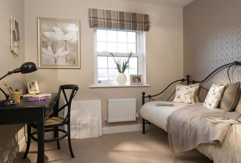 5 bedroom  house  in Corby