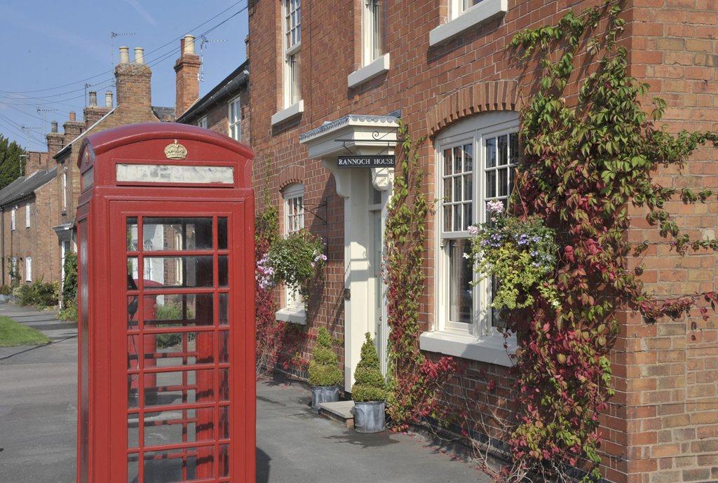 The Millstones Street Scene