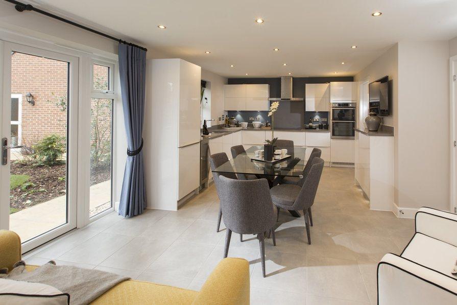 Buckingham open-plan kitchen