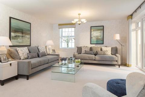 5 bedroom  house  in Earls Barton