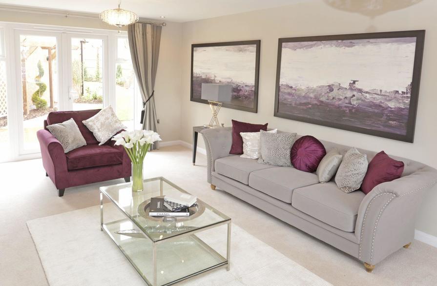 Dual-aspect lounge