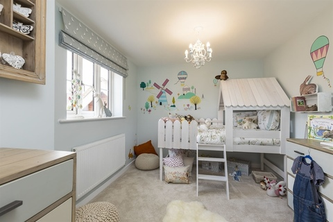 5 bedroom  house  in Aylesbury