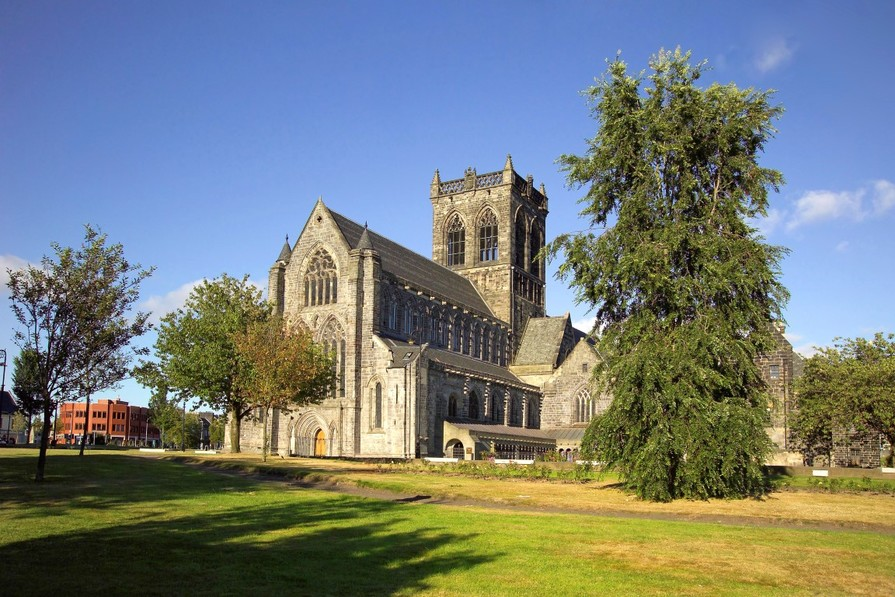 Local area - Paisley Abbey