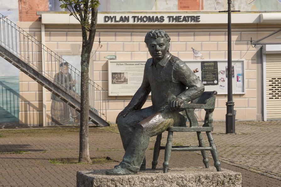 Dylan Thomas Statue