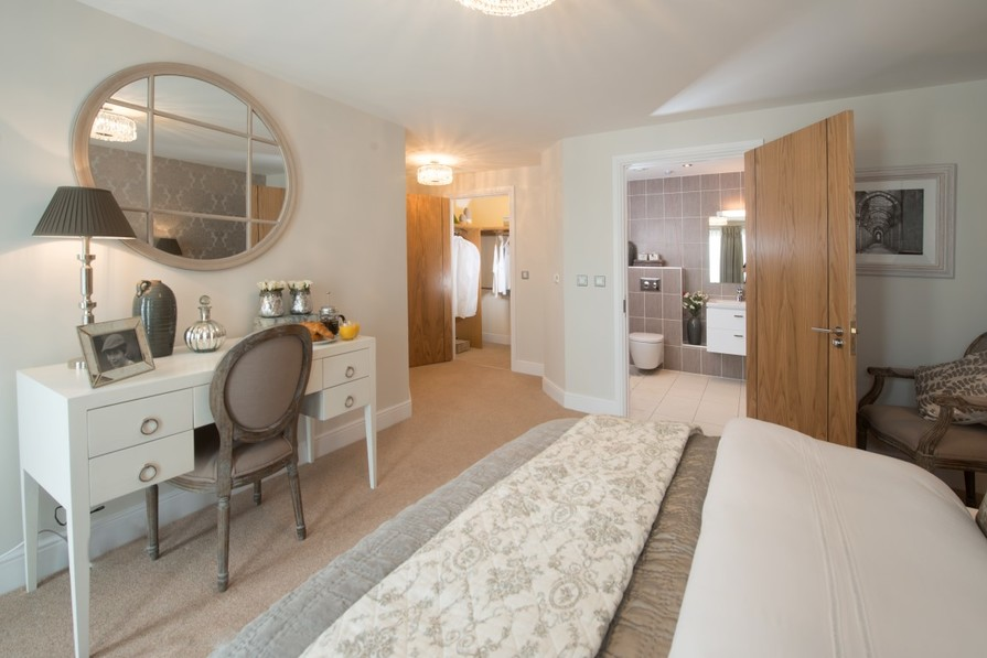Sanderson Court, Three Bedroom Show Apartment Master Bedroom Ensuite