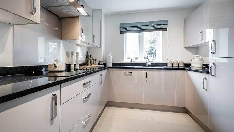 Show Apartment Kitchen