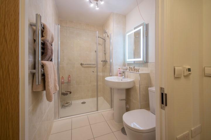 Show apartment shower room