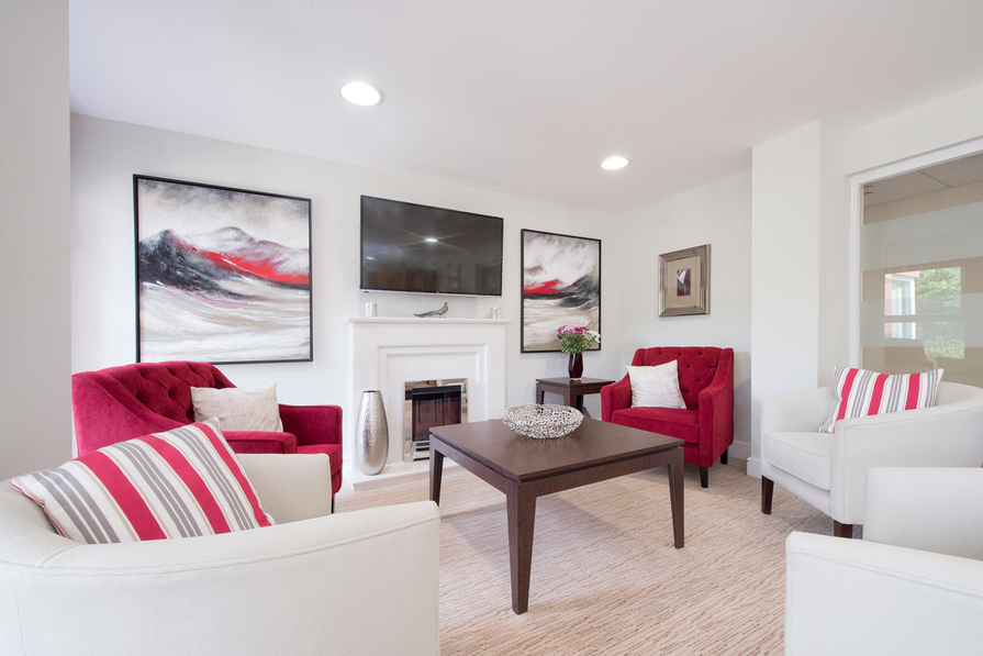 Homeowners' lounge with fireplace