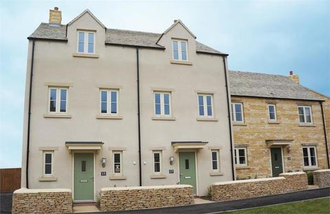 3 bedroom mews for sale