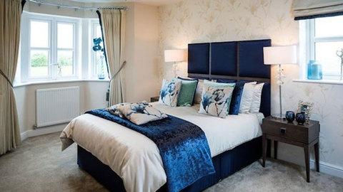 5 bedroom  house  in Warrington