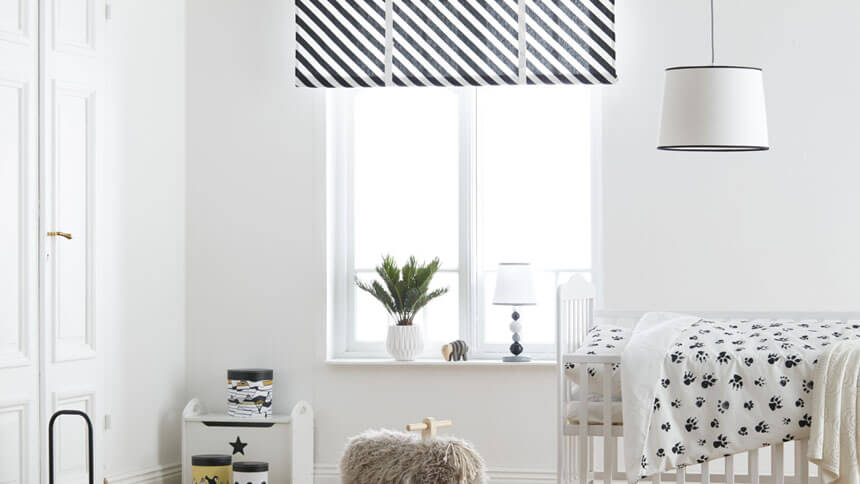 Neo black and white roman blind