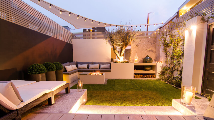 Stylish outdoor living space by Harrington Porter