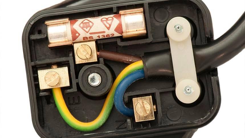 30% wouldn't rewire a plug