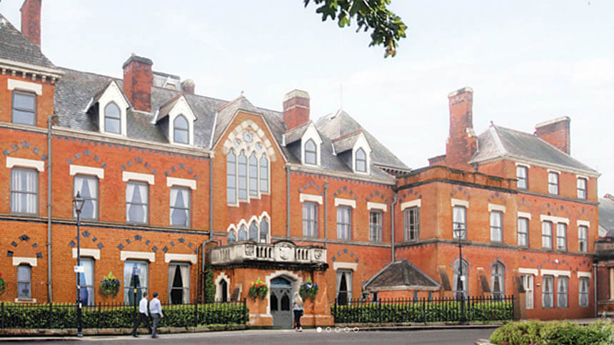Royal Sutton Place (Knight Fraqnk/Quantrills)